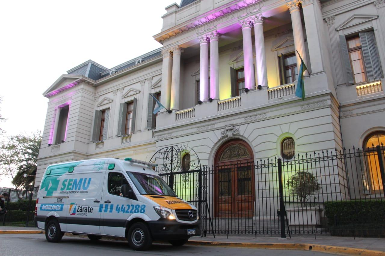 El Municipio presentó una nueva ambulancia, que formará parte del SEMU (Sistema de Emergencia Municipal).