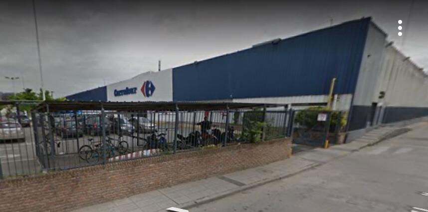 El Municipio informa el cese preventivo de actividades en Carrefour