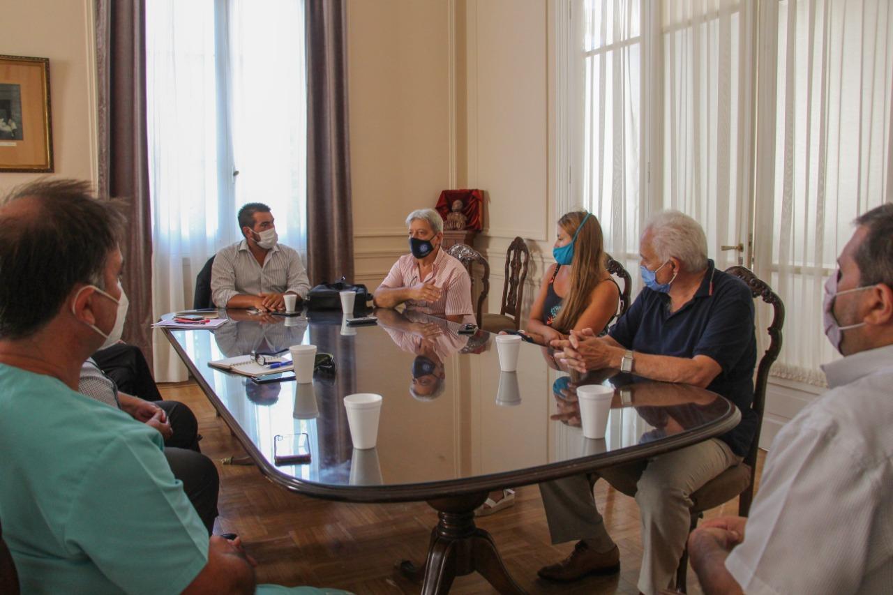 Empresarios, sindicatos y Municipio, reunidos para concientizar e impulsar la Campaña de Vacunación