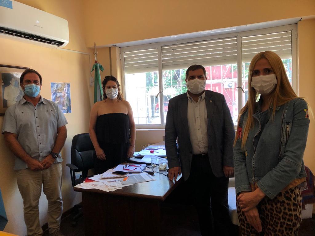 Reunión para tratar la coordinación y logística del Plan de Vacunación entre Municipio y referente de Región Sanitaria V