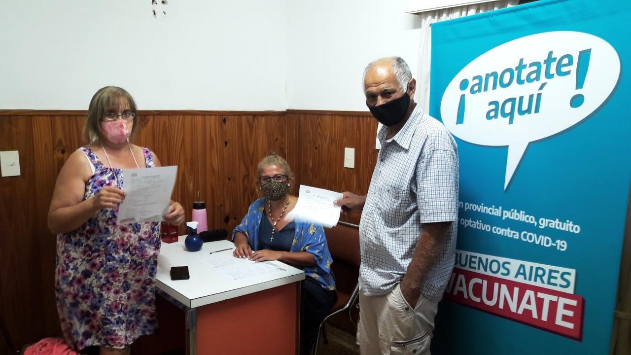Municipio inició relevamiento en Puntos Solidarios Fijos y Centros de adultos mayores, para que se anoten voluntariamente vía Web y recibir la vacuna