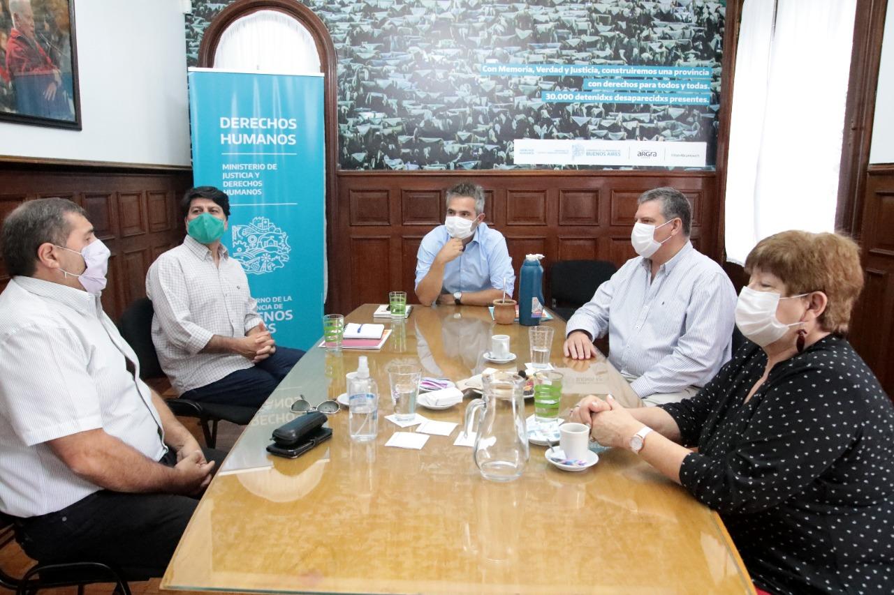 Reunión entre el Ministerio de Justicia y Derechos Humanos y el Municipio
