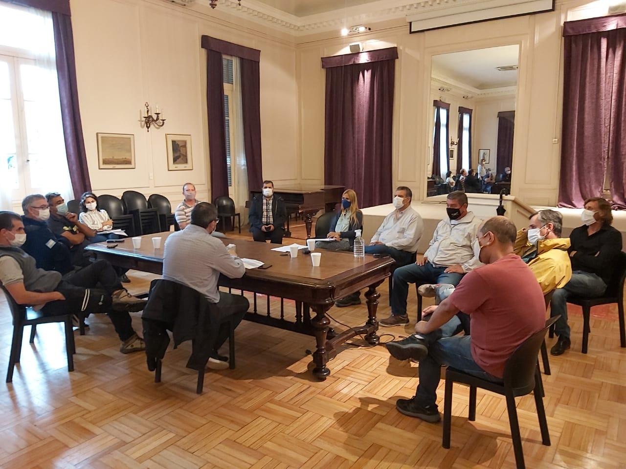 Municipio profundiza los trabajos por el temporal junto a instituciones