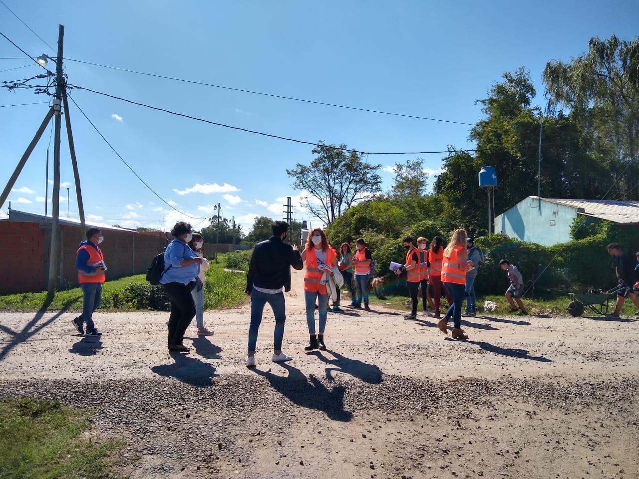 Solidaridad Urbana Master Plan Hábitat: Municipio dialogó con vecinos por inminente comienzo de obra de mejoramiento de calle Juan B Justo