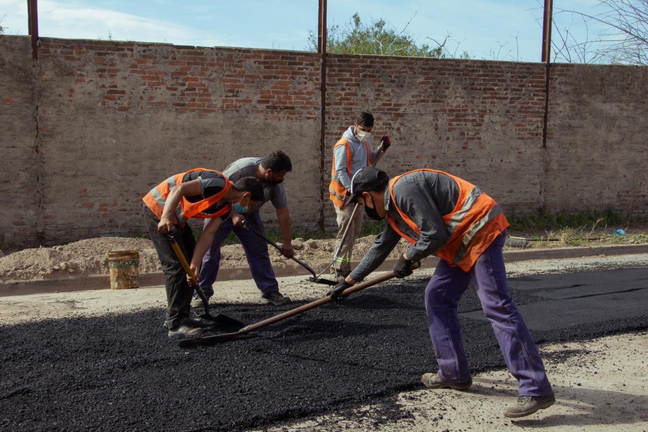 El Municipio intensifica trabajos de mejoramiento de calles