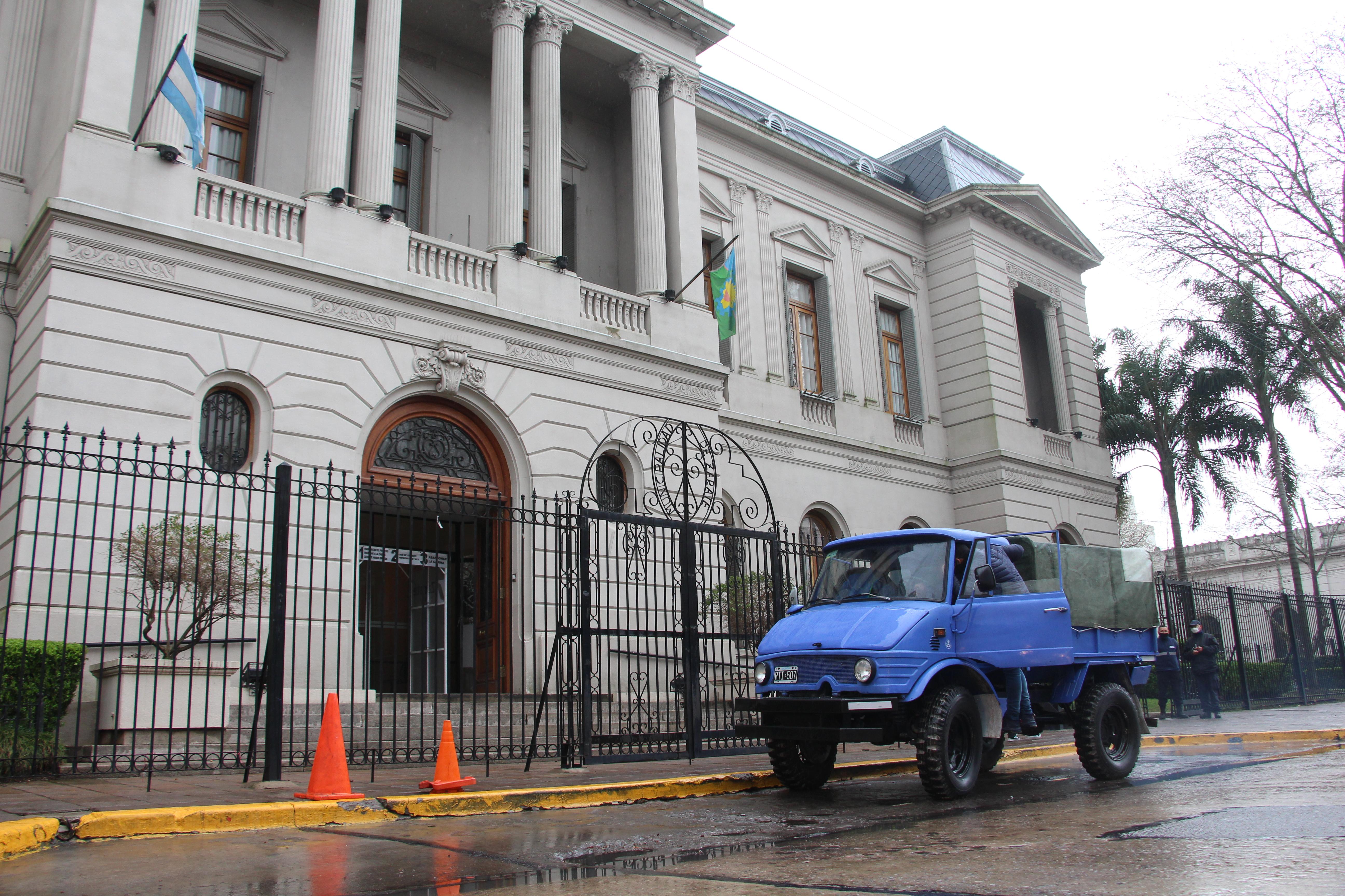 El Municipio recibió la donación de un vehículo multipropósito