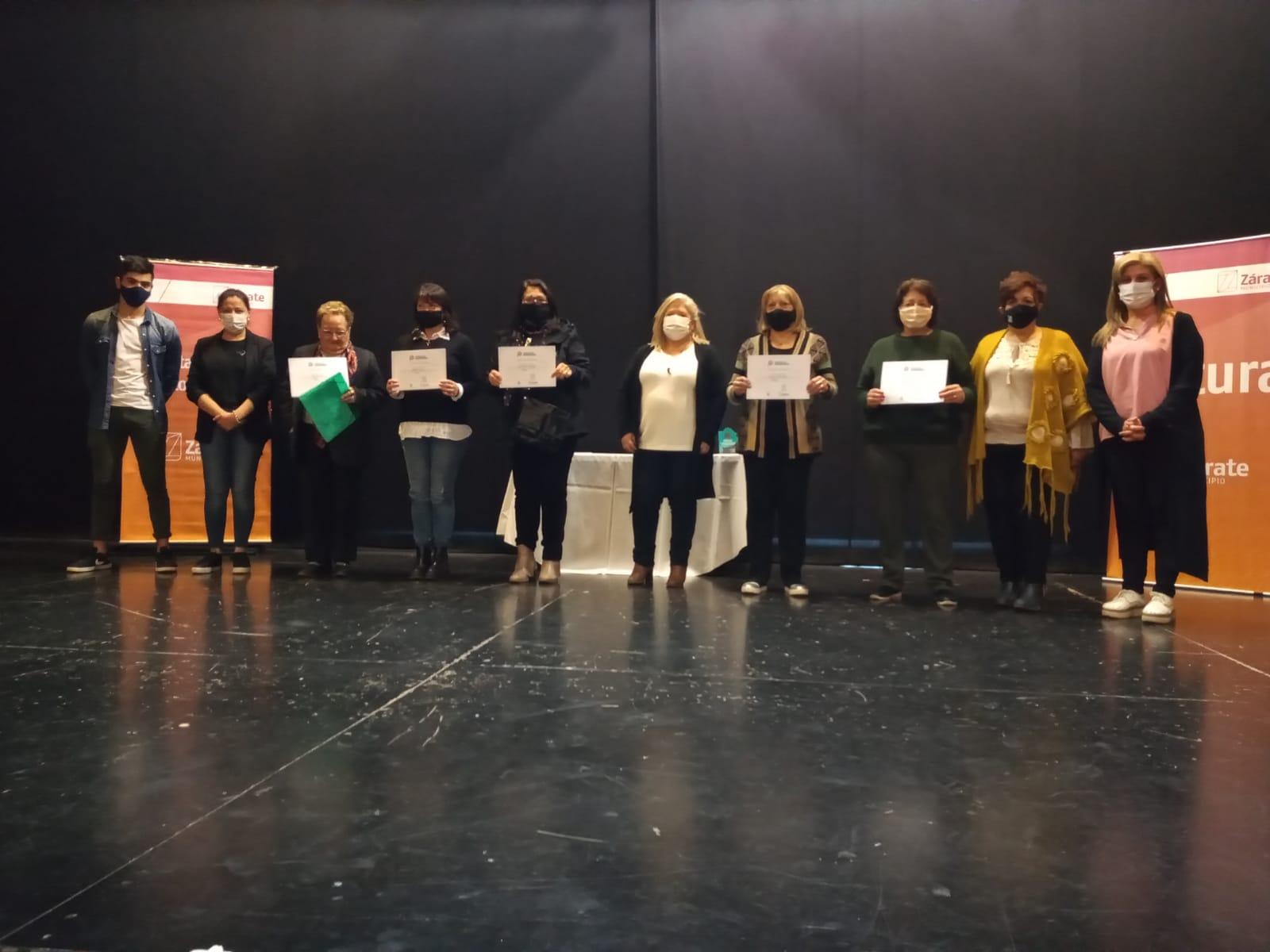El Municipio entregó diplomas a los adultos mayores que participaron de los Juegos Bonaerenses